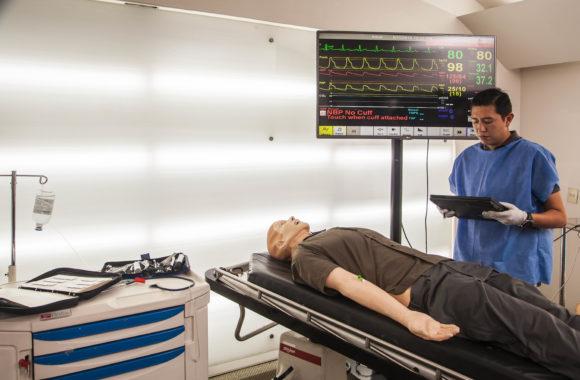 Laerdal servicio a simuladores TAQ Sistemas Médciso